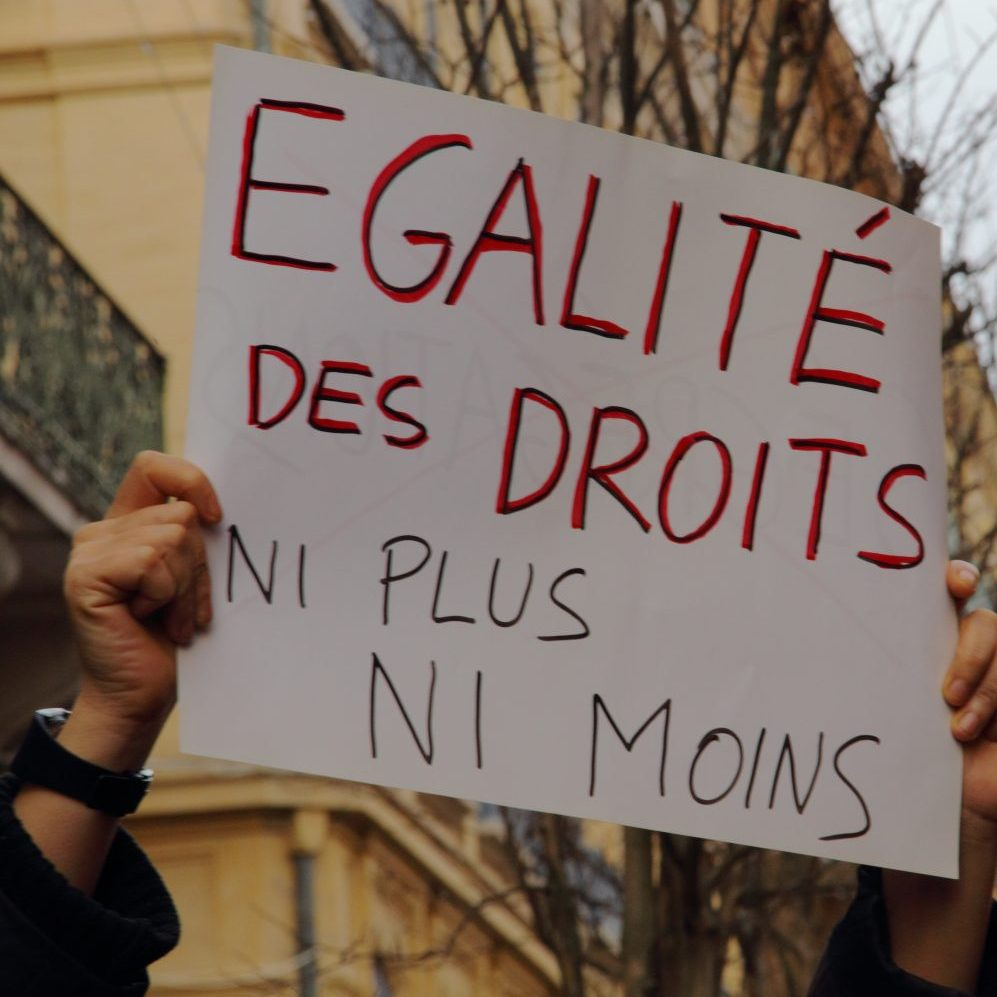 Plus d'initiatives contre le sexisme ordinaire