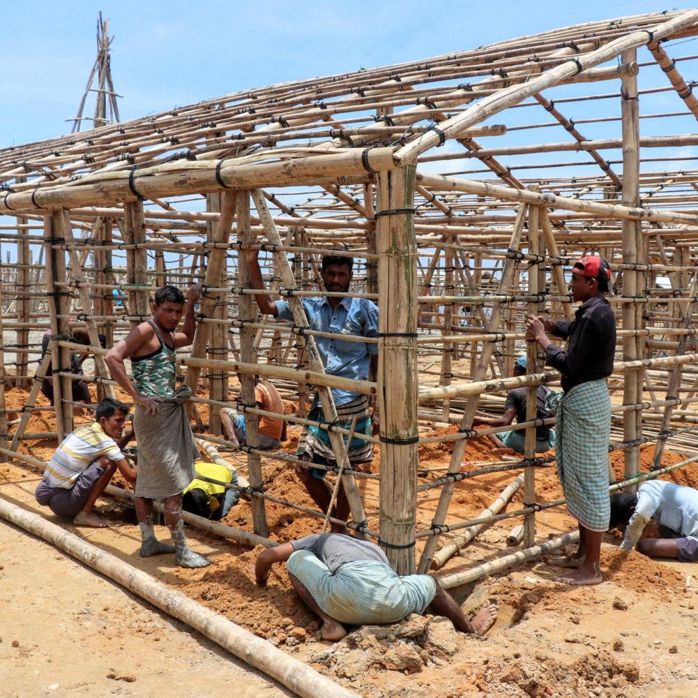 Huit mois après, la Love Army continue son travail près des Rohingyas