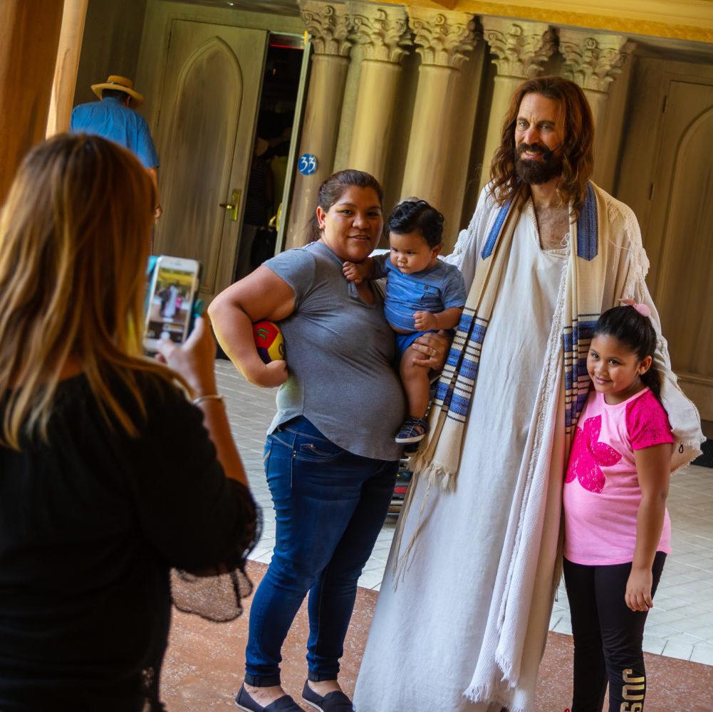 Holy Land : le Christ ressuscité à Orlando